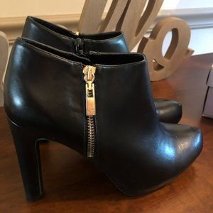 New Marc Fisher booties size 8.5